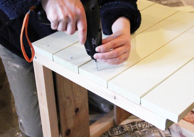 ペイントは家具のDIYに使える!ROOMBLOOMなら塗装後も安心