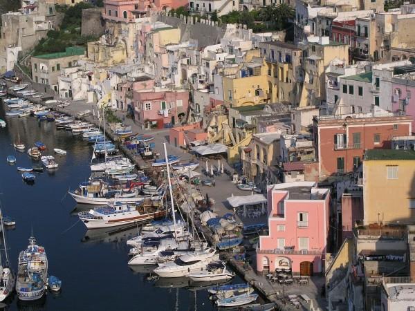 05.色から暮らしを考える 〜海の近くの町の色