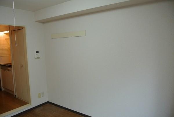 2_室内左壁面